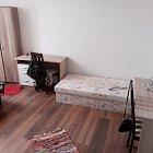 Dievčenské poschodie v rodinnom dome (4 izby).
